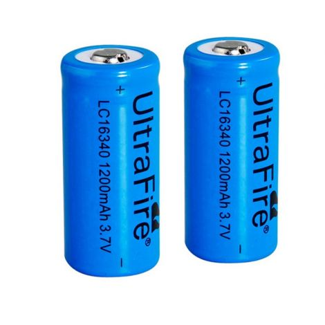 2x Ultrafire 16340 Batterien